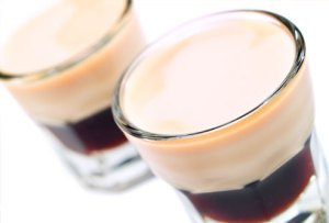 cocktail white russian lapte milk
